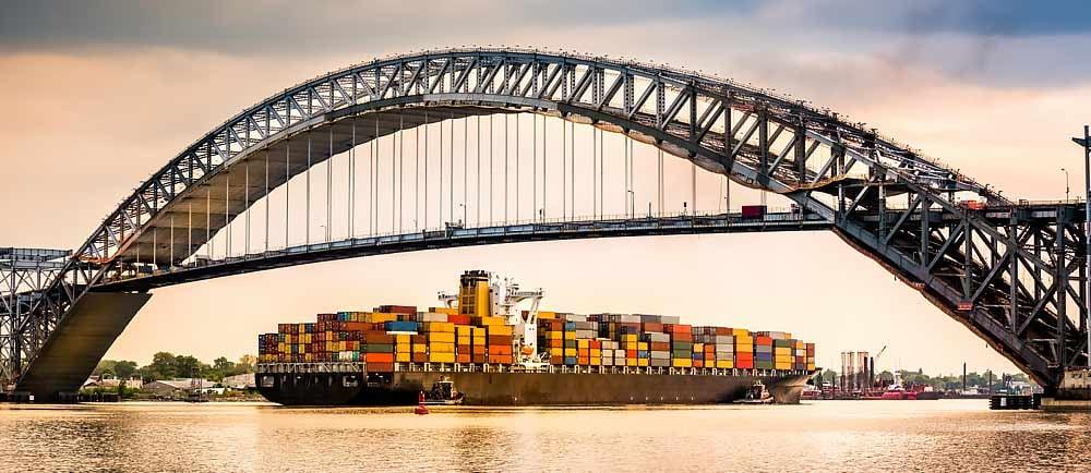 Bayonne-Bridge-conecting-Bayonne-New-Jersery-with-Staten-Island-New-York-1