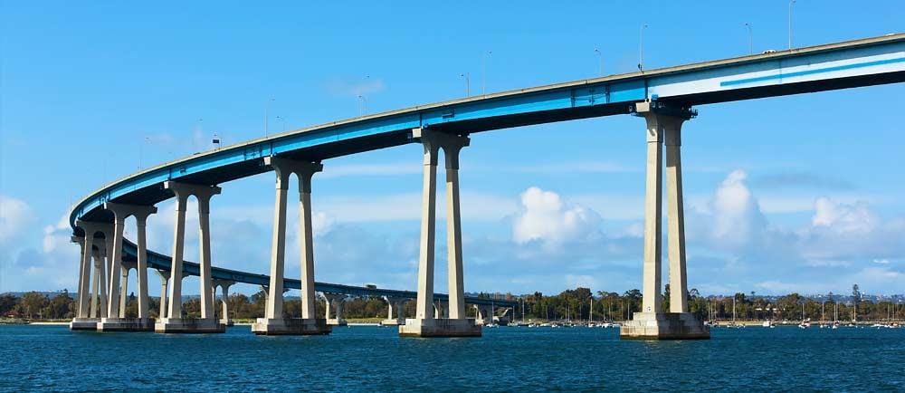 Coronado-Bridge-in-San-Diego-California