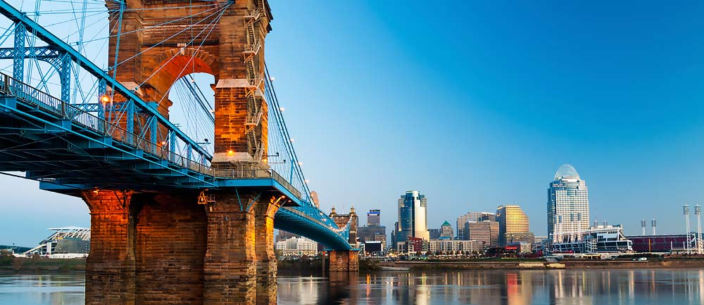 John-A-Roebling-Suspension-Bridge-in-Cincinnati-Ohio-1