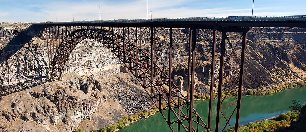 The-I-B-Perrine-Bridge-Twin-Falls-Idaho--1