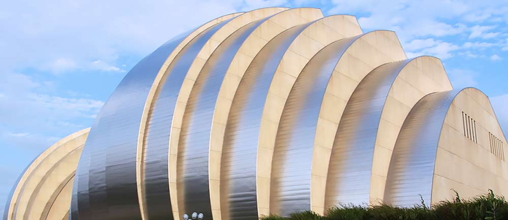 The-Kauffman-Center-for-the-Performing-Arts-in-Kansas-City-Missouri-1