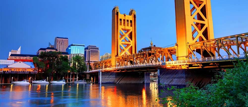 Tower-Bridge-in-Sacramento-California-1